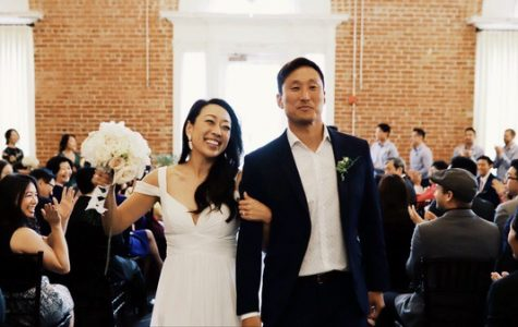 Mr.You and his wife celebrating their ceremony.